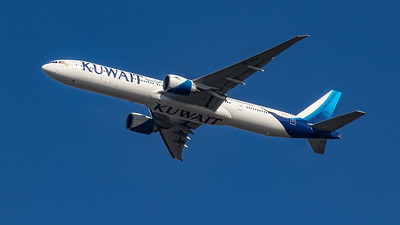 Kuwait Airways - Boeing 777-369(ER) (9K-AOJ) - Heathrow Airport (March 2020)