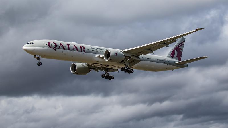 Qatar Airways - Boeing 777-3DZ(ER) (A7-BEA) - Heathrow Airport (June 2020)