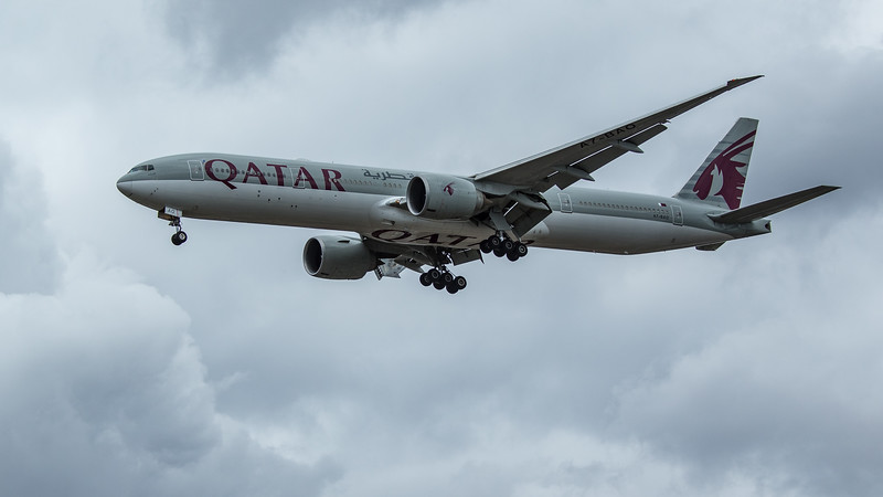Qatar Airways - Boeing 777-3DZ(ER) (A7-BAO) - Heathrow Airport (June 2020)