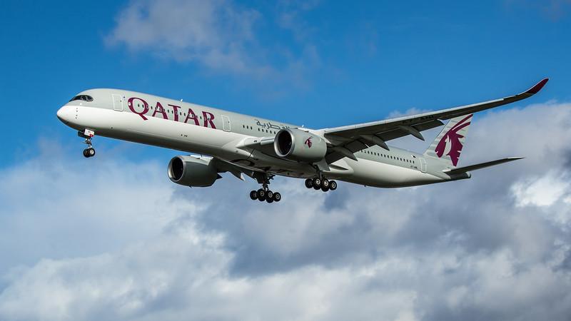 Qatar Airways - Airbus A350-1041 (A7-ANL) - Heathrow Airport (February 2020)