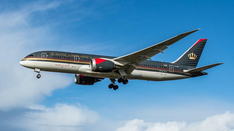 Royal Jordanian - Boeing 787-8 Dreamliner (JY-BAC) - Heathrow Airport (February 2020)