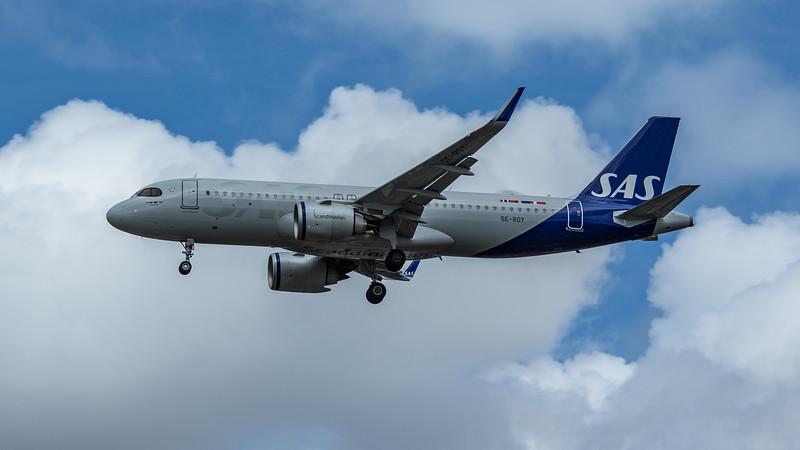 SAS - Airbus A320-251N (SE-ROY) - Heathrow Airport (June 2020)