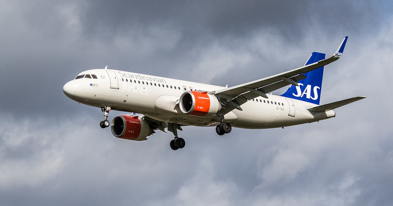Scandinavian Airlines Ireland - Airbus A320-251N (EI-SIG) - Heathrow Airport (March 2019)