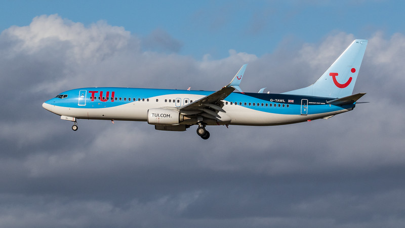 TUI - Boeing 737-8K5 (G-TAWL) - Edinburgh Airport (February 2020)