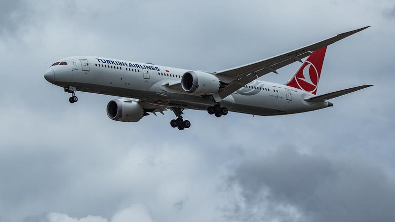 Turkish Airlines - Boeing 787-9 Dreamliner (TC-LLA) - Heathrow Airport (June 2020)