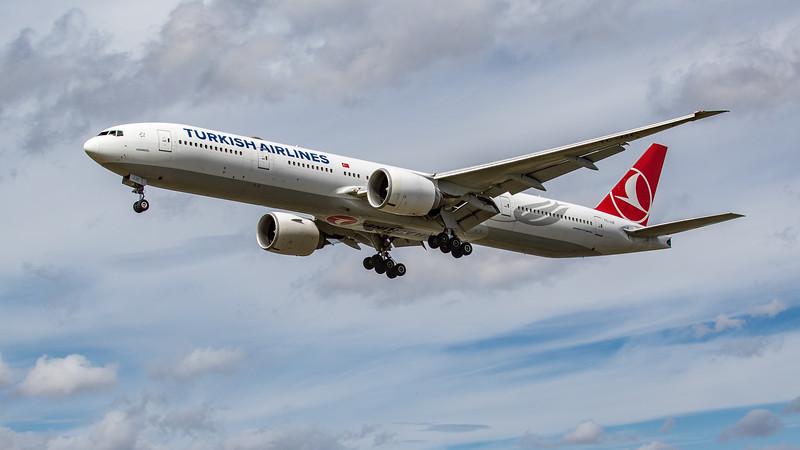 Turkish Airlines - Boeing 777-3F2(ER) (TC-JJZ) - Heathrow Airport (June 2020)