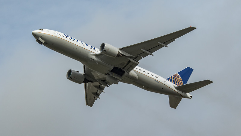 United Airlines - Boeing 777-222(ER) (N223UA) - Heathrow Airport (March 2020)