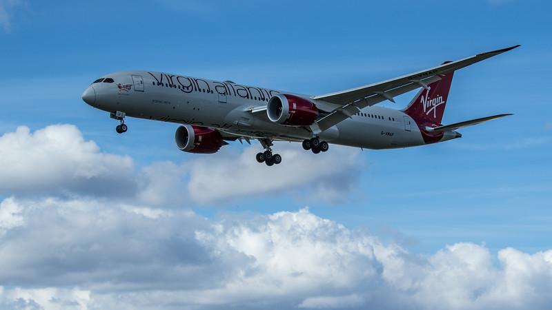 """Virgin Atlantic """"West End Girl"""" - Boeing 787-9 Dreamliner (G-VMAP) - Heathrow Airport (June 2020)"""