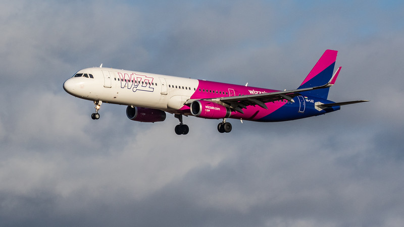 Wizz Air - Airbus A321-231 (HA-LXZ) - Edinburgh Airport (February 2020)