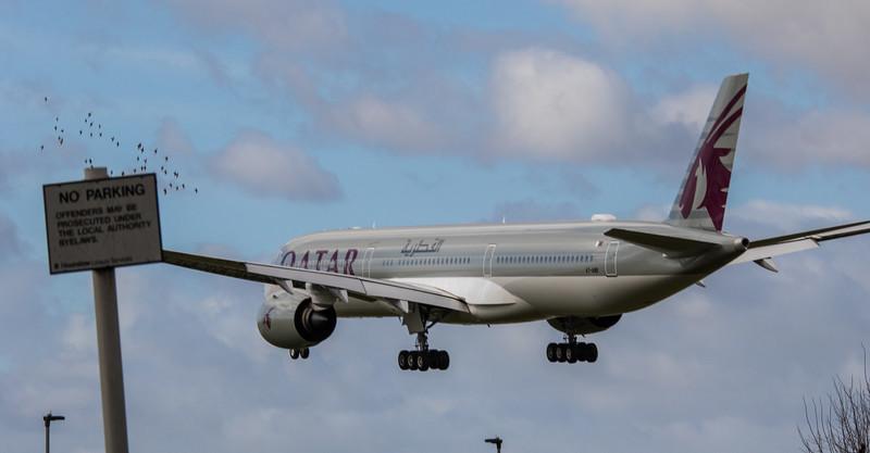 Qatar Airways - Airbus A350-1041 (A7-ANB) - Heathrow Airport (March 2019)