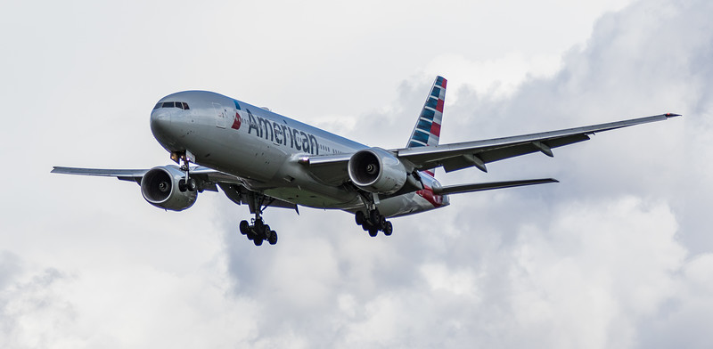 American Airlines - Boeing 777-223(ER) (N757AN) - Heathrow Airport (March 2019)