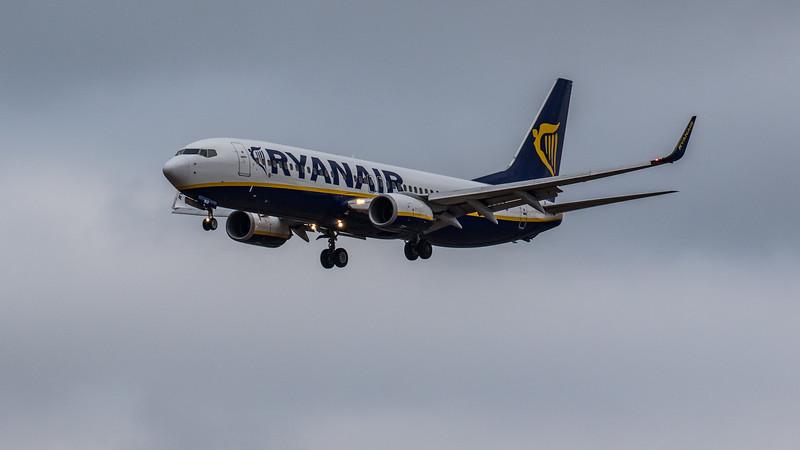 Ryanair - Boeing 737-8AS (EI-DLD) - Edinburgh Airport (January 2020)