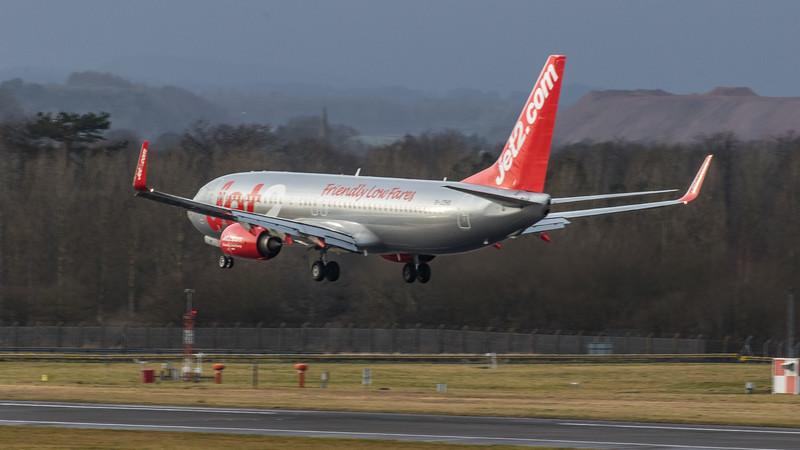 Jet2 - Boeing 737-8MG (G-JZHS) - Edinburgh Airport (January 2020)
