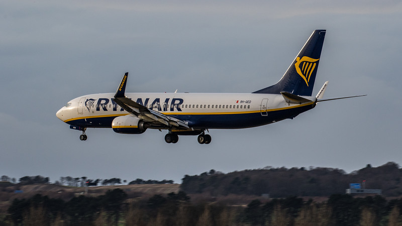 Ryanair - Boeing 737-8AS (9H-QED) - Edinburgh Airport (January 2020)