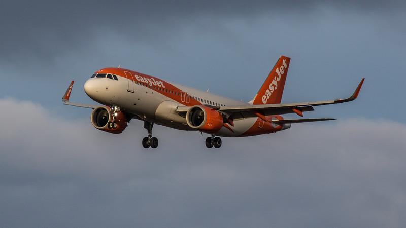 easyJet - Airbus A320-251N (G-UZHX) - Edinburgh Airport (January 2020)