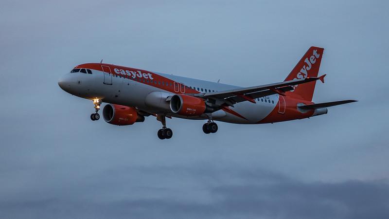 easyJet - Airbus A320-214 (G-EZUZ) - Edinburgh Airport (January 2020)