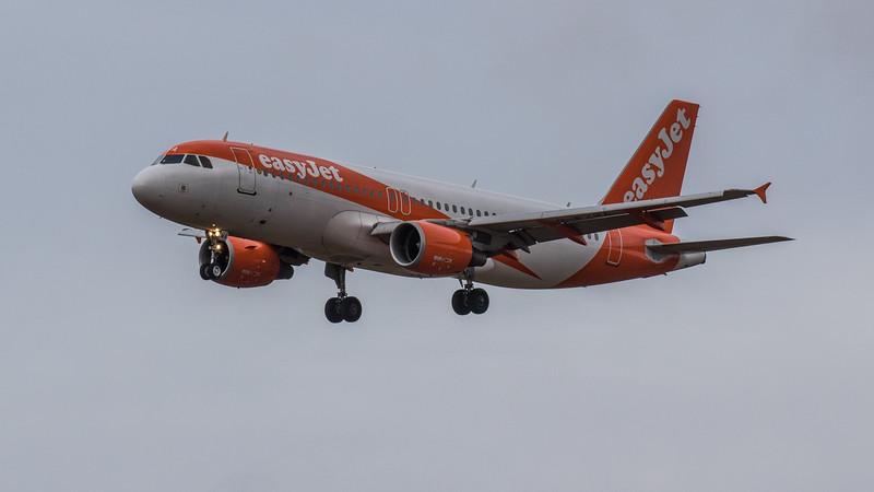 easyJet - Airbus A320-214 (G-EZWA) - Edinburgh Airport (January 2020)