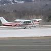 Cessna Skyhawk  touch and go
