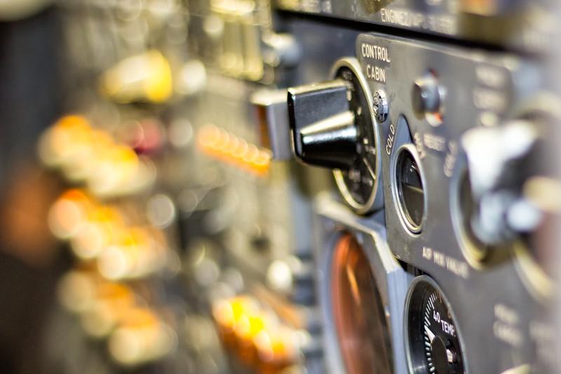 Flight Deck Temperature Selector