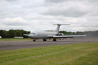 ex-RAF Vickers VC10 K.4, ZD241, fast-taxi demonstration - 28/05/17.