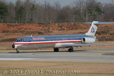 American Airlines MD-82 (N452AA)