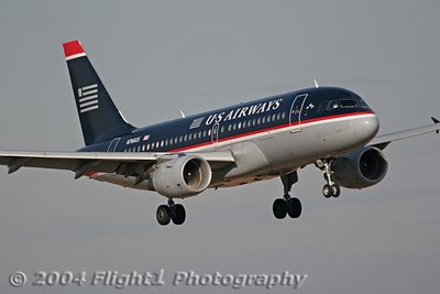 N766US, a US AIrways Airbus A319