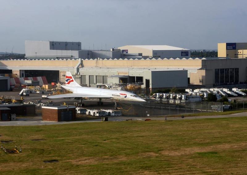 Concorde G-BOAB, Heathrow, Fri 16 June 2015.  Photographed from inside BA A319-100 G-EUPY.