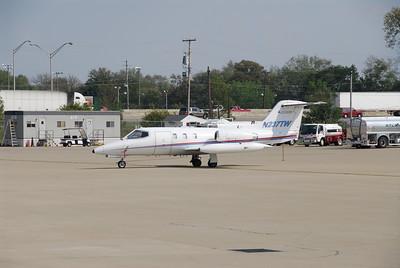 Lear Jet 25