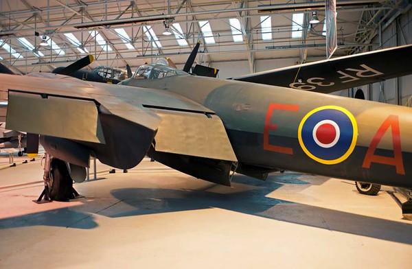 de Havilland DH.98 Mosquito TT.35 TA639 / 'AZ-E', Royal Air Force Museum, Cosford, 14 December 2012 3.