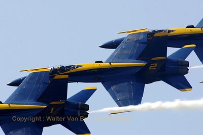 USNavy_Blue-Angels_F-18A_161959_EHLW_20060617_CRW_4908_RT8_WVB_1200px_edit2