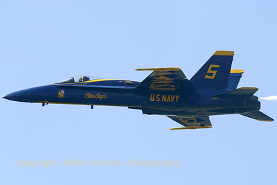 USNavy_Blue-Angels_F-18A_162897_EHLW_20060617_CRW_4909_RT8_WVB_1200px_extra-contrast