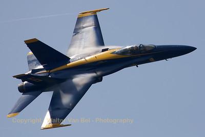 USNavy_Blue-Angels_F-18A_162437_EHLW_20060617_CRW_4888_RT8_WVB_1200px