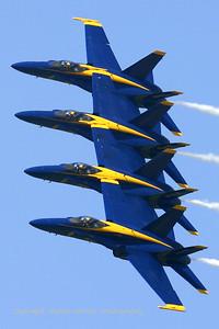 USNavy_Blue-Angels_F-18A_4x_161967_EHLW_20060617_CRW_4906_RT8_WVB_1024px