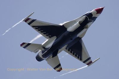 USAF_F-16C_T-Bird6_cnCC-90_EBFN_20110705_IMG_31780_WVB_1200px