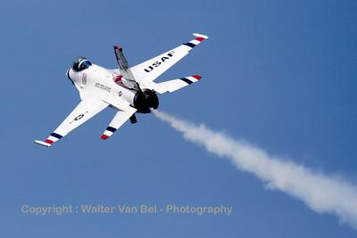 USAF_F-16C_T-Bird5_cnCC-130_EBFN_20110705_IMG_31876_WVB_1200px