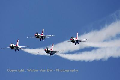 USAF_F-16C_T-Bird1_cnCC-140_EBFN_20110705_IMG_31918_WVB_1200px