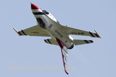 USAF_F-16C_T-Bird5_cnCC-130_EBFN_20110705_IMG_31768_WVB_1200px