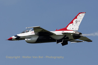 USAF_F-16C_T-Bird5_cnCC-130_EBFN_20110705_IMG_31792_WVB_1200px