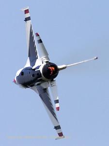 USAF_F-16C_T-Bird4_cnCC-122_EBFN_20110705_IMG_31761_WVB_1200px