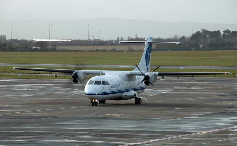 Aer Arann ATR42 EI-CBK, Dublin airport, 12 January 2009 1