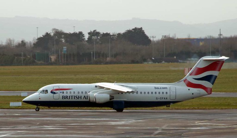 British Airways Avro RJ100 / 146 G-CFAA, Dublin airport, 12 January 2009