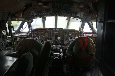 Cockpit, ex-RAF & Dan Air London de Havilland DH-106 Comet 4C, XR399 / G-BDIX - 18/08/19