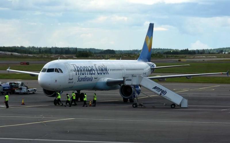 Thomas Cook Scandinavia Airbus A321-200 OY-VKD, Helsinki airport, Sat 11 July 2015 - 1630.