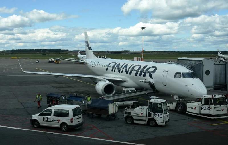 Finnair Embraer ERJ-190 OH-LKO, Helsinki airport, Sat 11 July 2015 - 1553.