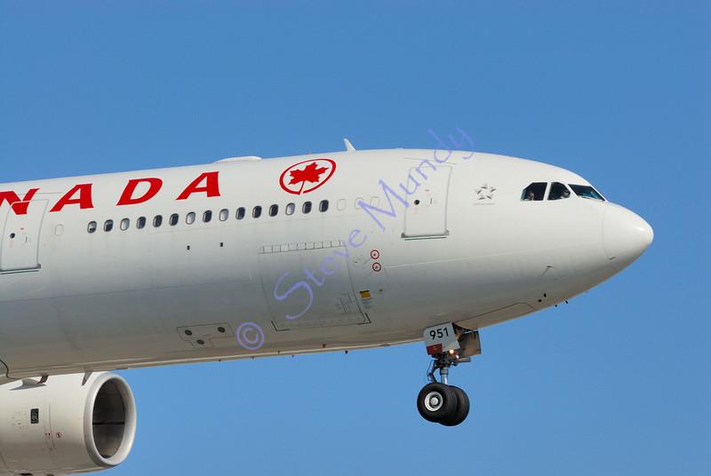 Airbus A340-500 C-GKOL