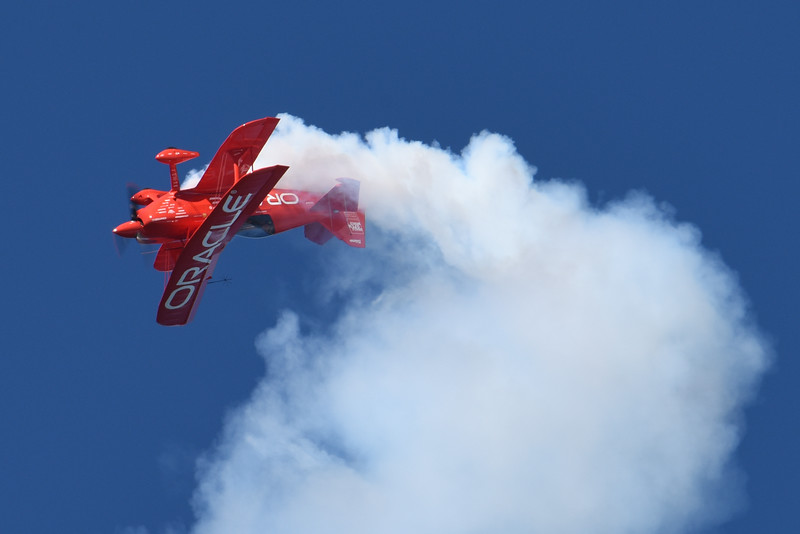 Sean Tucker flying the racle Challenger III for Team Oracle at SF Fleet Week