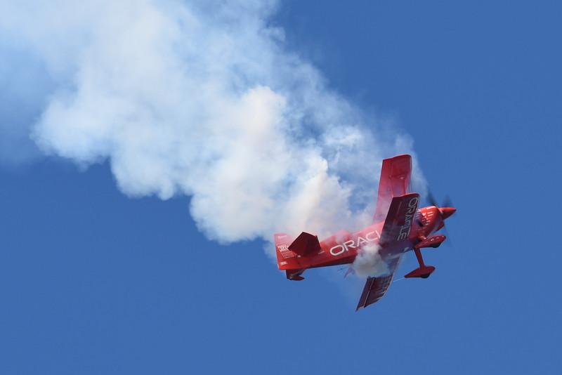 Sean Tucker flying the racle Challenger III for Team Oracle at SF Fleet Week
