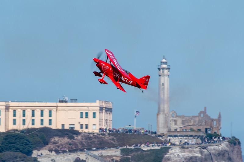 Sean Tucker - Team Oracle Airshows