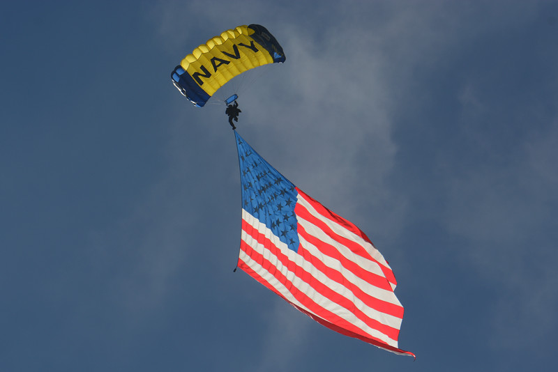 "US Navy ""Leap Frogs"" Parachute Team"