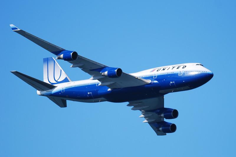 United's 747-400